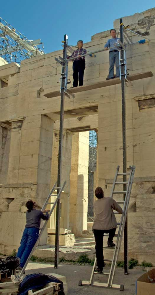 Scaffolding test in the Propylaea in 2007